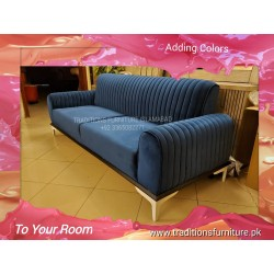 Cushioned Sofa Moha